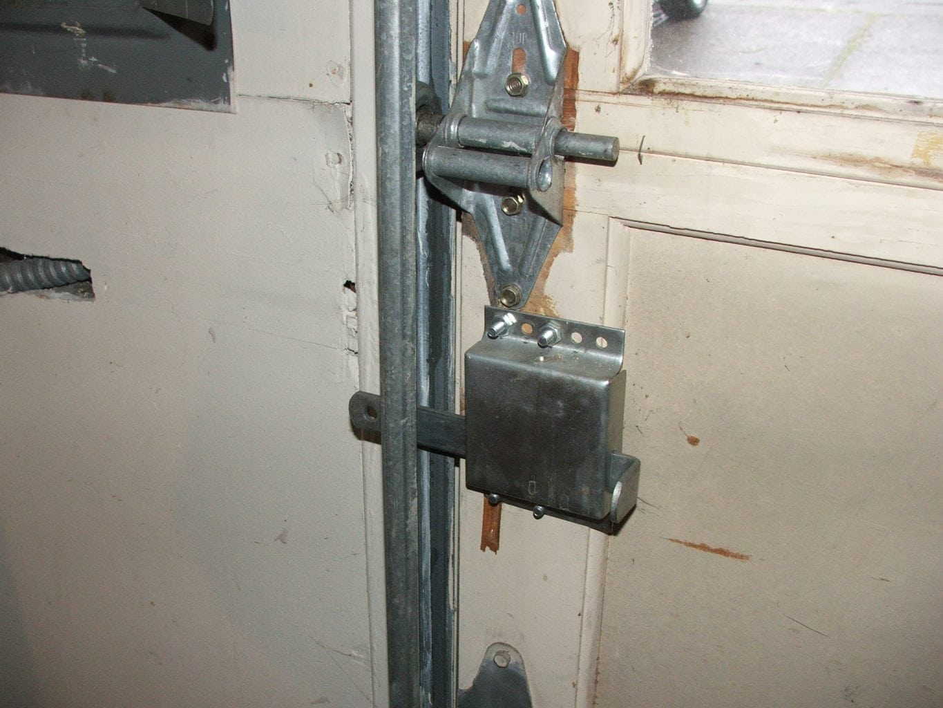 Has Your Garage Door Manual Locking Device Been Properly Disabled Charles Buell Inspections Inc