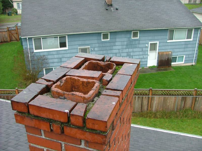 Badly deteriorated chimney top