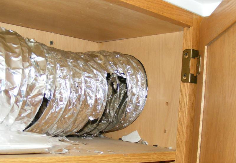 Flexible Metal Duct Should Never Be Used For Kitchen Exhaust Fan Ducting