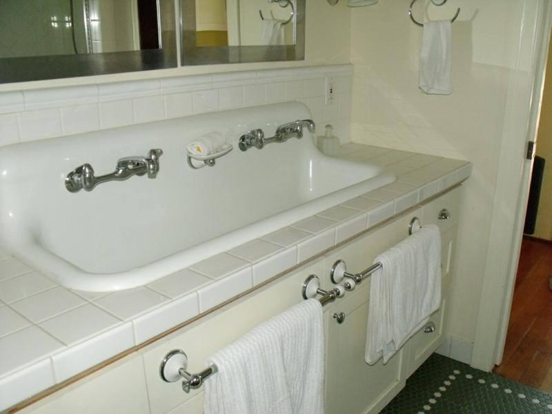 Schoolhouse Sink