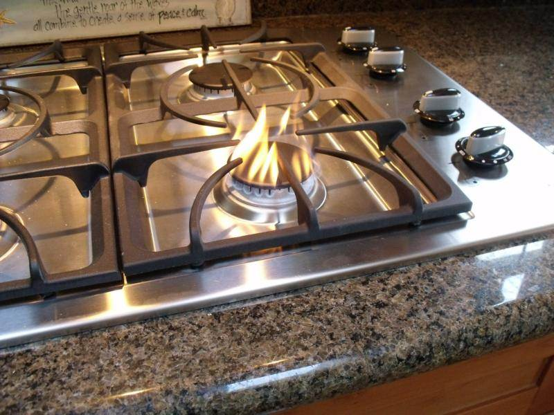 Propane at a Natural Gas cooktop