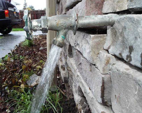 Outside-faucet1